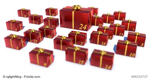 24 Geschenke als Adventskalender in rotem Geschenkpapier mit goldenen Schleifen